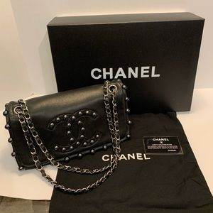 Chanel lambskin pearl obsession flap shoulder bag